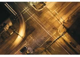 都市城市高速公路空中射击在晚上_7553955