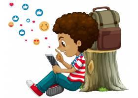 有社会媒介元素的孩子在白色背景_11702049
