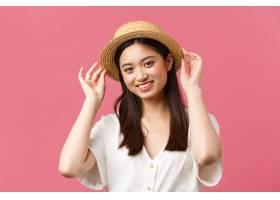 美容人情感和休闲和假期概念购物在商店_17105791