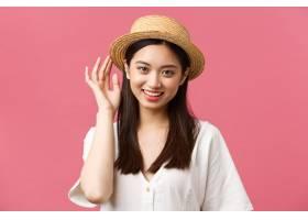 美容人情感和休闲和假期概念购物在商店_17105897