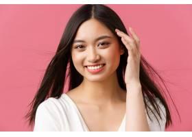 美容院护发和护肤品广告概念华丽的亚裔_17098750
