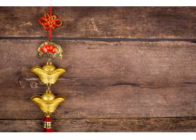 在木墙壁上的农历新年装饰_1007869