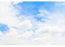 在蓝天背景的白色云彩_3817701
