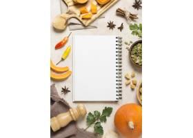 顶视图秋天食物与笔记本_10067901