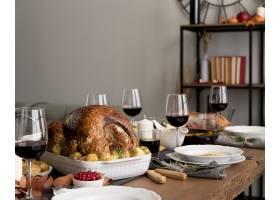 食物服务于感恩节庆祝活动_9546336
