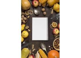 顶视图食物安排与笔记本_10067422
