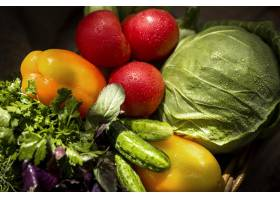 顶视图排列新鲜的秋季蔬菜_9851350
