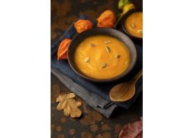 秋天食物南瓜和蘑菇汤高视图_9905965