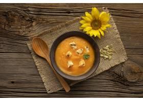 秋天食物和向日葵在粗麻布织物_9905963