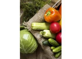 平躺秋天蔬菜安排_9859174