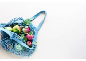 新鲜的苹果在购物袋滤网零废物没有塑料_9764547